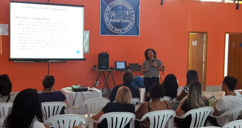 SINDETURH promove palestra sobre Lei do Salão-Parceiro e Profissional-Parceiro em Presidente Prudente