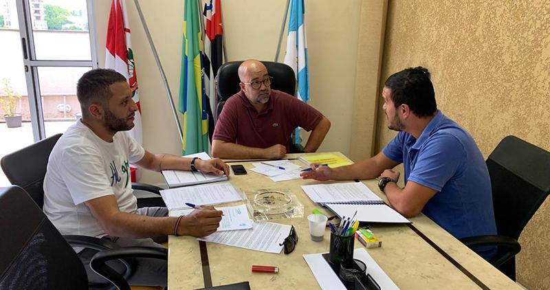 FETHESP e SIEMACO Guarulhos discutem negociação coletiva dos empregados em lavanderias
