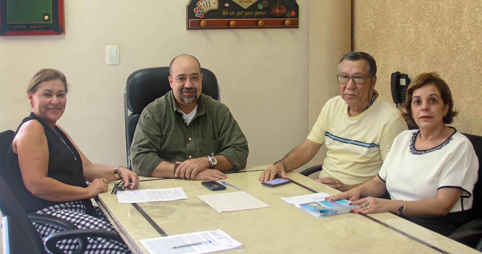 Rogério Gomes se reúne com dirigentes do SECOHTUH, de Guarapari/ES
